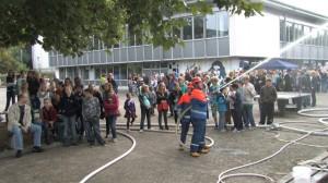 """Zahlreiche Zuschauer sahen die JF-Übung der Jugendfeuerwehr beim """"Fest der Kulturen"""""""